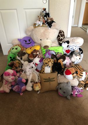 Stuffed animals lot bunches of plush toys for Sale in Littleton, CO
