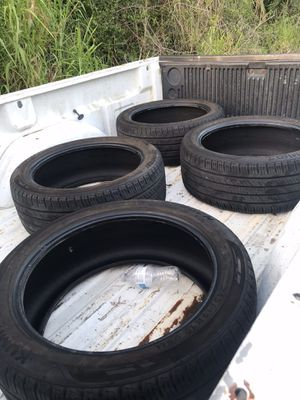 245/45r19 tires for Sale in Port St. Lucie, FL