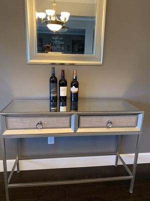 Table and mirror for Sale in Tracy, CA