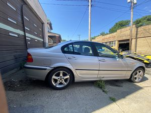 Bmw 325i e46 2002 for Sale in Cleveland, OH