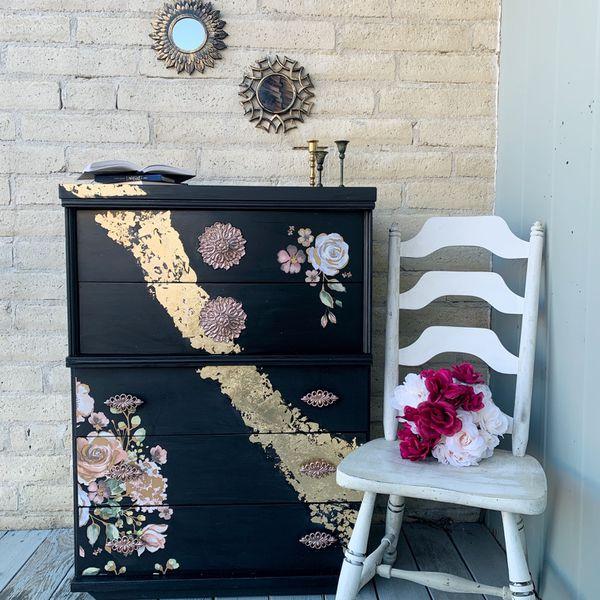 Hollywood Regency Dresser