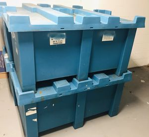 Shipping Storage Bends (Forklift Applicable) 4 Total for Sale in Azalea Park, FL