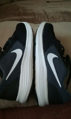 Nikes medida 8.5 precio mas reducido final firme price firm. for Sale in Garland, TX