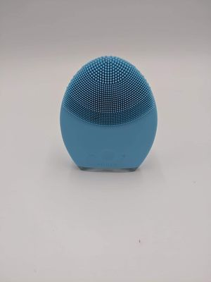 Foreo Luna 2 Facial Cleansing Brush (Blue) new for Sale in Newberry, FL
