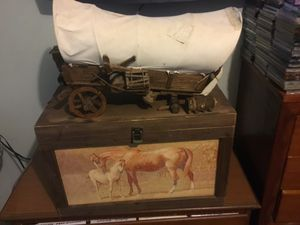 Antique wood wagon and box for Sale in Riverview, FL