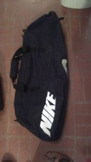 Nike sport bag for baseball. Expandable. for Sale in Louisville, KY