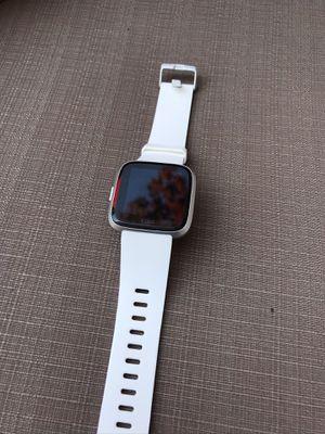 Fitbit Versa for Sale in Chicago, IL