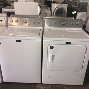 Maytag top load washer and gas dryer set for Sale in San Luis Obispo, CA