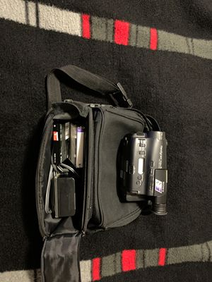 Sony Handycam Video 8 cc'd-tr83 ntsc for Sale in SeaTac, WA