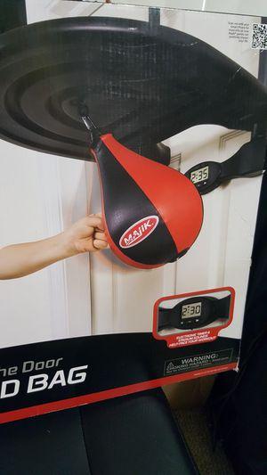Over the door speed bag for Sale in Kissimmee, FL