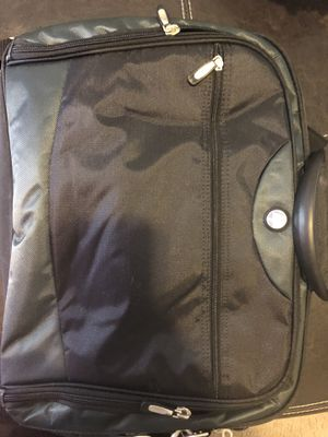 Brand new hp big laptop bag with solid handles for Sale in Columbus, OH