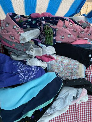 Kids Clothes 5T BUNDLE (USED) for Sale in Los Angeles, CA