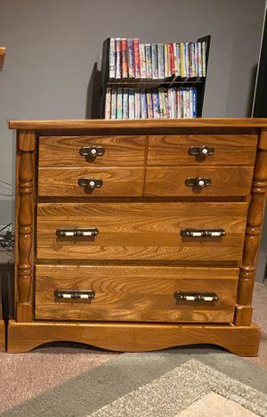 Vintage Williamsburg Solid Wood 3 drawer dresser for Sale in Long Pond, PA