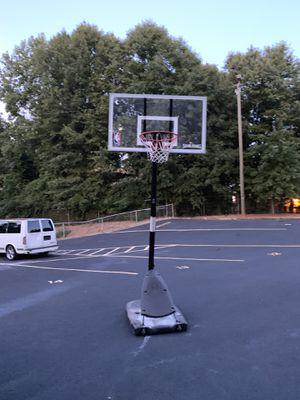 Basket ball goal 🥅 for sale 50 bucks for Sale in Jonesboro, GA