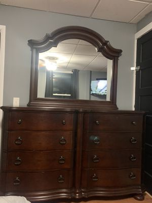 Dresser for Sale in Holland, NY
