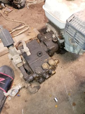 I have two of them I don't know nothing about the motors they're not locked up pumps are good for Sale in Oklahoma City, OK