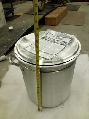 Bayou Classic 60 Quart Fryer / Steamer Stock Pot for Sale in Las Vegas, NV