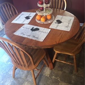 Kitchen table for Sale in Shelbyville, TN