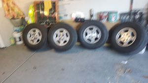 Tires and rim for Sale in Skokie, IL