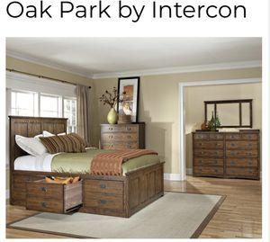 Intercon Solid American Red Oak Bedroom Set for Sale in Riverside, CA