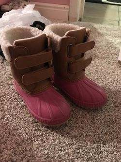 Toddler snow boots for Sale in Aurora,  CO