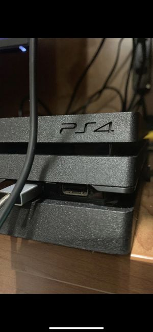 PlayStation 4 pro for Sale in Camp Pendleton North, CA