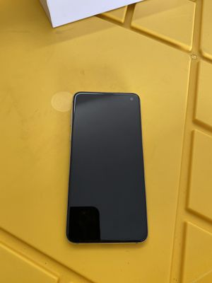 Samsung Galaxy S10E 128GB Factory Unlocked Any Carrier for Sale in Chula Vista, CA