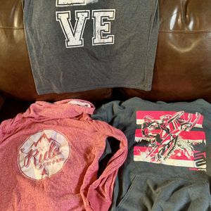 Women's snowmobile tops $10 for Sale in Puyallup, WA