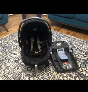 Peg prego car seat and base for Sale in Issaquah, WA