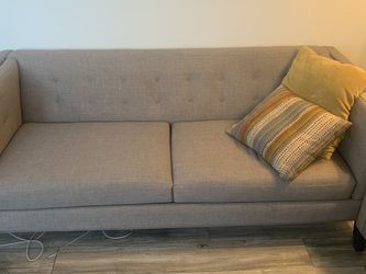 Gray Couch With Pillows for Sale in Huntington Beach,  CA