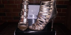 Gold Cut Out Open Toe Stiletto- Size 8 for Sale in St. Louis, MO