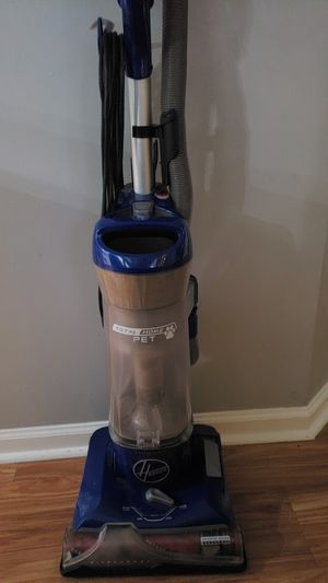 Hoover total home pet vacuum for Sale in Lawrenceville, GA