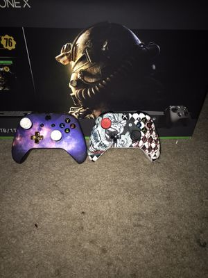 Custom Xbox one X and Xbox one s controllers for Sale in Bensalem, PA