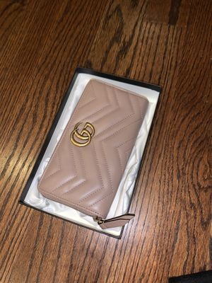 GUCCI WALLET for Sale in NJ, US