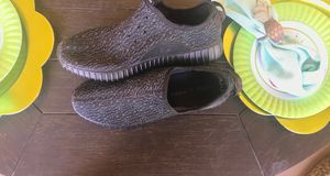 Yeezy Boost Pirate Black for Sale in San Antonio, TX