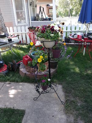 Wrought iron stand& flowers for Sale in Colorado Springs, CO