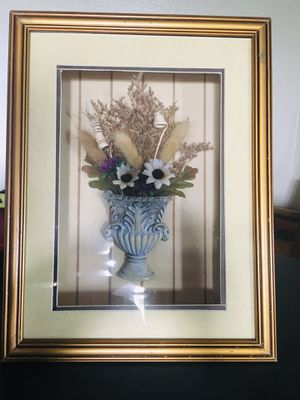 Framed flower pot, H14.5 x W11 x D3 inch for Sale in Sun Lakes, AZ