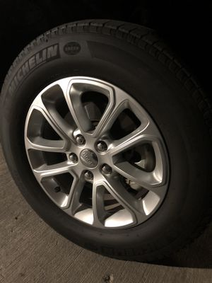 Jeep Grand Cherokee Rims OEM Wheels Tires for Sale in Houston, TX