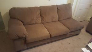 Sectional Couch w/ chase lounge for Sale in Frederick, MD