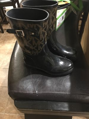 Michael kors Rain boots for Sale in Tampa, FL