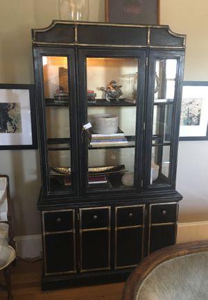 Curio cabinet for Sale in Greensboro, NC