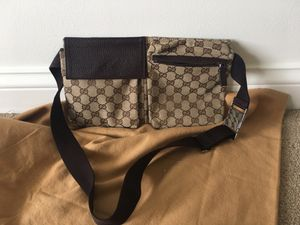 Authentic gucci belt bag for Sale in Wauconda, IL