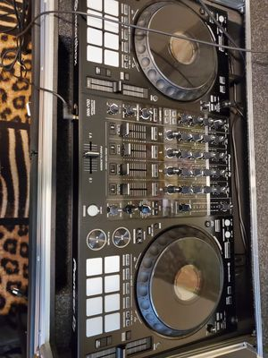 DDJ 1000 And speakers 2 sub woofers for Sale in Bowie, MD