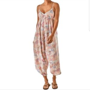 Patagonia Lost Wildflower Fern Jumpsuit for Sale in Atlanta, GA