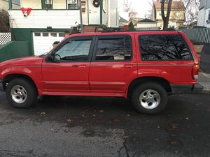 Ford explorer 98 4x4 , a todo galope $699.00 for Sale in Paterson, NJ