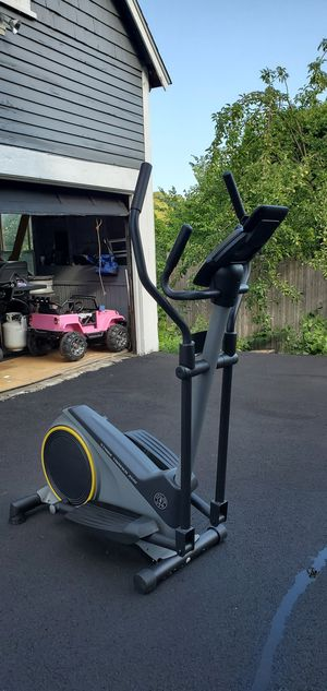 Gold's gym stride trainer 350i for Sale in Methuen, MA