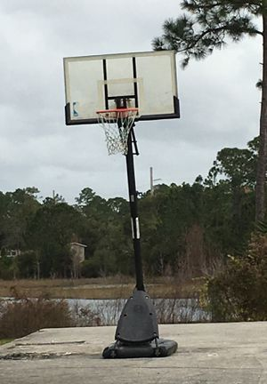 Basketball hoop for Sale in Deltona, FL