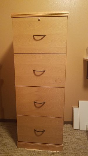 Solid wood fully assembled 4 drawer hanging file cabinet for Sale in Renton, WA