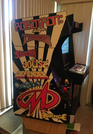 Big Games Midway Video Arcade Machine with 12 Games for Sale in Lake Wales, FL