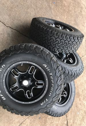 "4- tire rims LT-265-70-17"" BFGOODRICH Allterrain 2-75%1-50%1-99 %life $600 Chevro Taho Yukon etc for Sale in Pasadena, TX"
